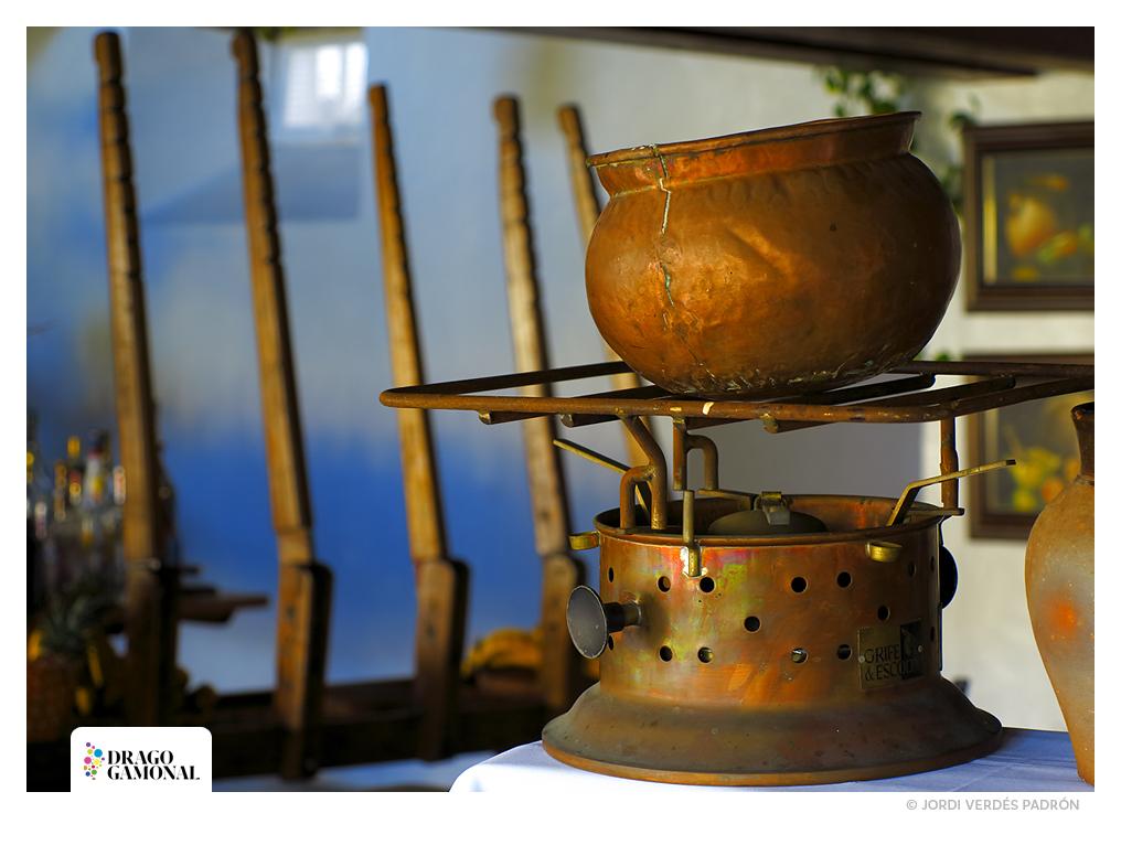 Hornillo-y-caldero-de-cobre-©-Jordi-Verdes-Padron